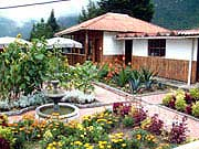 Pululahua_House_Fountain_Patio